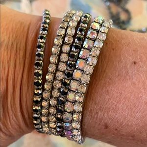 Stack of 6 bracelets
